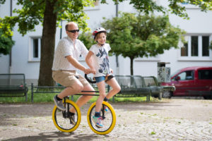 The QU-AX Twin Unicycle