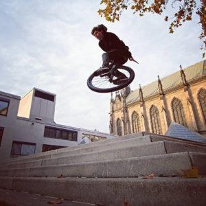 Cédric rockin' his #rgb through Basel
